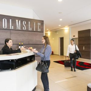 The Colmslie Hotel Reception